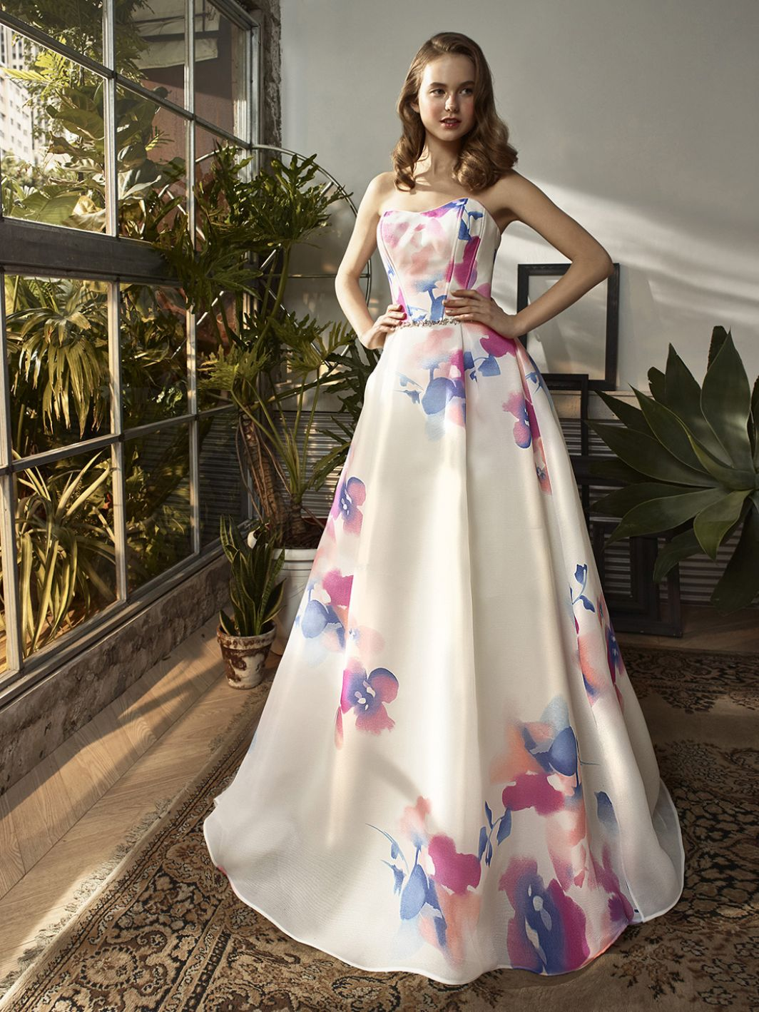 Enzoani-watercolour-floral-wedding-gown