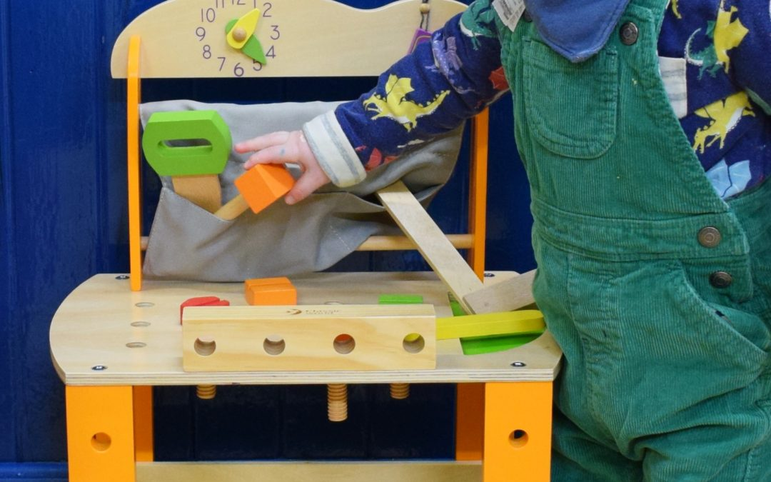 5 Benefits of Wooden Toys featuring Hippychick